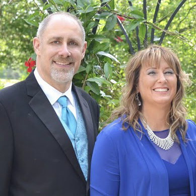 Scott lake Baptist Church Pastor, Jon Knapp and his wife Suzette